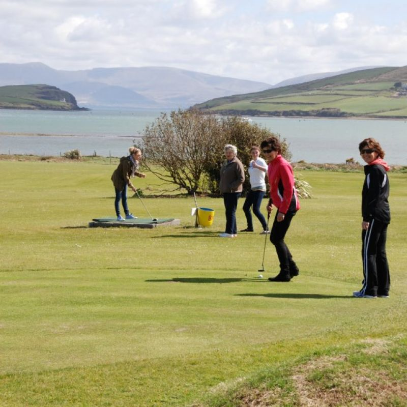 Dingle Pitch and Putt & Fungie's Crazy Golf